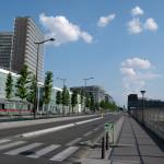 Paris 13'üncü bölgesinden bir görünüm: Avenue de France ve sol tarafta Millî Kütüphane