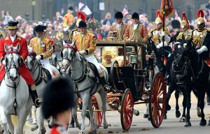 Tâcın Tek Sahibi: Kraliçe II. Elizabeth